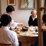 本とともに暮らす家 / お正月の親戚の家