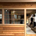 木造オフィス改修 / 木張りの壁